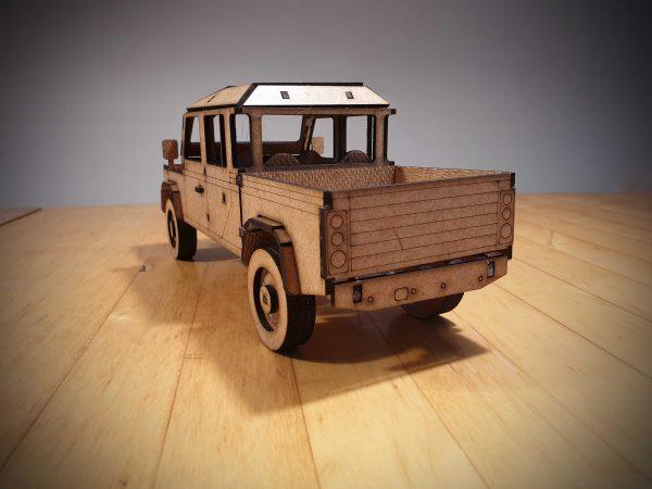 Land Rover Defender 130 bouwen
